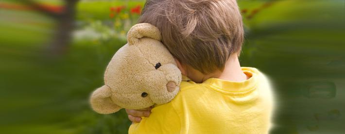 Não se esconda e nem passe a sua vida de modo tímido. Superar a timidez pode ser fácil com a metodologia do curso de oratória e argumentação sob pressão Simon Wajntraub
