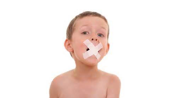 Criança com atraso na linguagem