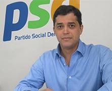 CURSO DE ORATÓRIA DE SIMON CURA A VOZ FINA E A TIMIDEZ DO POLÍTICO ÍNDIO DA COSTA