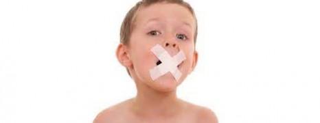 Criança de 11 anos considerada autista é tratada e apresenta melhoras na fala